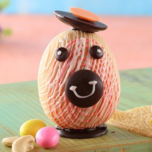 Marzipan Easter Egg with Bunny Face (130gms)